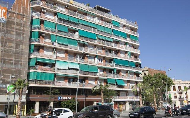 Отель BBarcelona Marina Flats вид на фасад