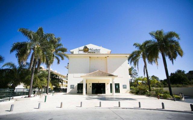Отель Mirachoro Praia Португалия, Карвоейру - 1 отзыв об отеле, цены и фото номеров - забронировать отель Mirachoro Praia онлайн вид на фасад