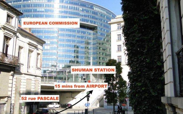 Отель B&b D&f Suites Brussels Брюссель вид на фасад