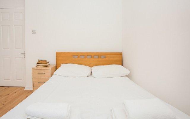 Отель Fantastically Located 1 Bed Near Waterloo Station Великобритания, Лондон - отзывы, цены и фото номеров - забронировать отель Fantastically Located 1 Bed Near Waterloo Station онлайн комната для гостей