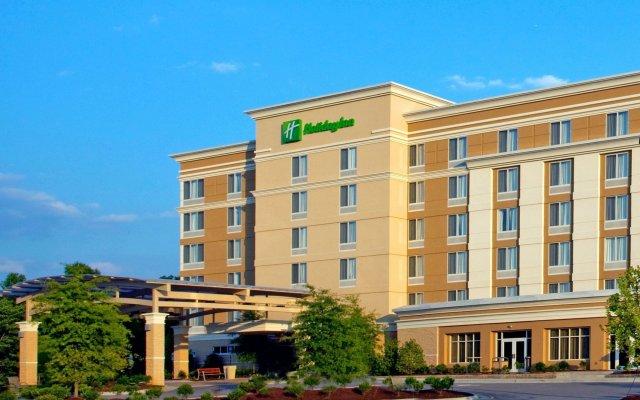 Отель Holiday Inn Raleigh Durham Airport вид на фасад