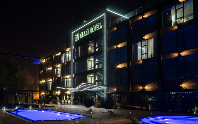 Гостиница M1 club Одесса вид на фасад