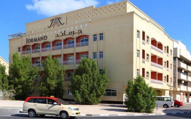 Отель Jormand Suites, Dubai вид на фасад
