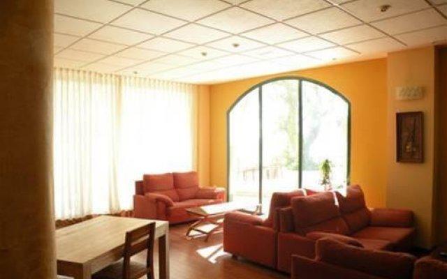 Hotel Villa Bensusan Ла-Побла-де-Вальбона интерьер отеля