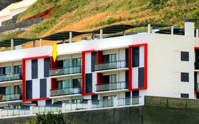 Отель Reed's View Канико вид на фасад