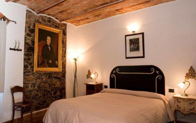 Отель Vecchia Locanda Сарцана комната для гостей