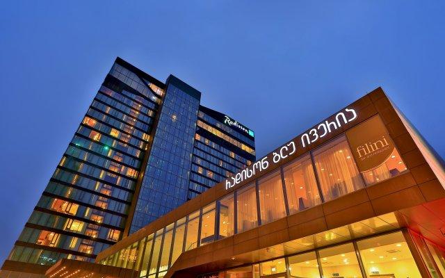 Radisson Blu Iveria Hotel, Tbilisi вид на фасад