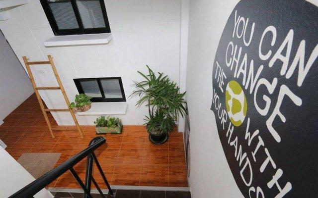 Отель Eco Hostel Таиланд, Пхукет - отзывы, цены и фото номеров - забронировать отель Eco Hostel онлайн вид на фасад