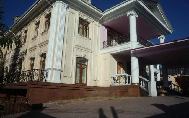 Гостиница Almaty Sapar вид на фасад