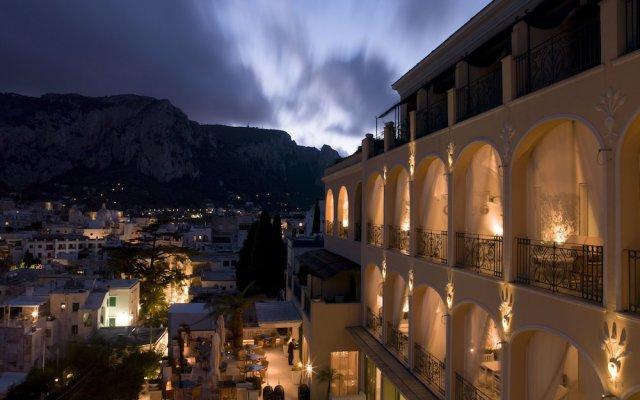 Отель Capri Tiberio Palace Капри вид на фасад