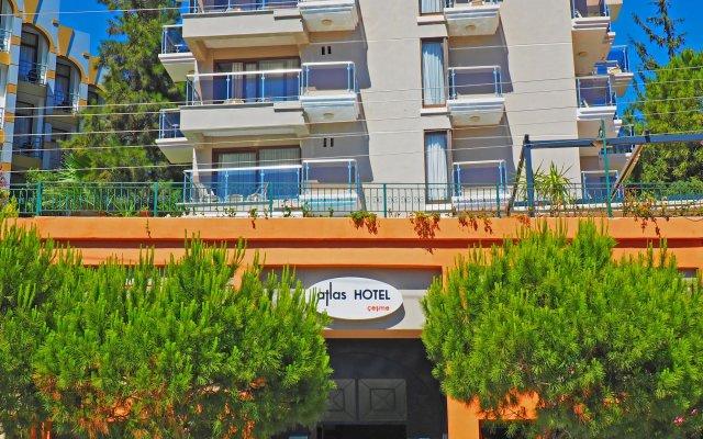 Отель Atlas Чешме вид на фасад