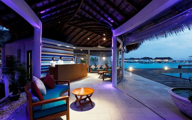 Отель Centara Grand Island Resort & Spa Maldives бассейн