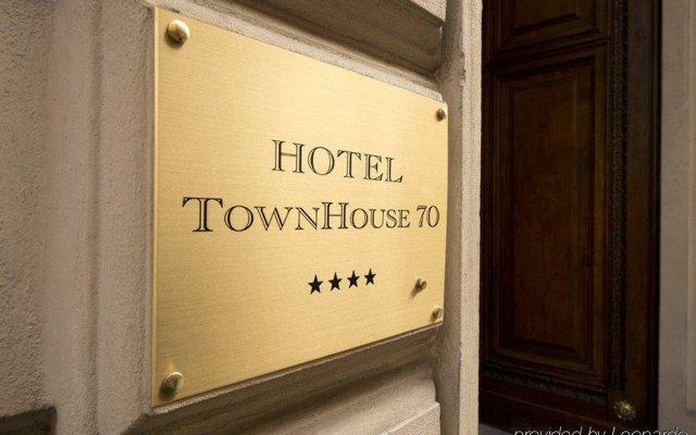 Отель TownHouse 70 Италия, Турин - 1 отзыв об отеле, цены и фото номеров - забронировать отель TownHouse 70 онлайн вид на фасад