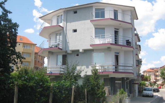 Отель Villa Maris Болгария, Аврен - отзывы, цены и фото номеров - забронировать отель Villa Maris онлайн вид на фасад