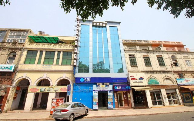 OYO 2791 Hotel Arina Inn вид на фасад