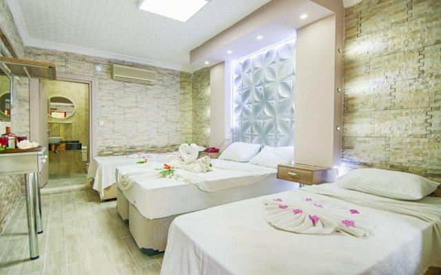 Grand Ruya Hotel Турция, Чешме - 1 отзыв об отеле, цены и фото номеров - забронировать отель Grand Ruya Hotel онлайн комната для гостей