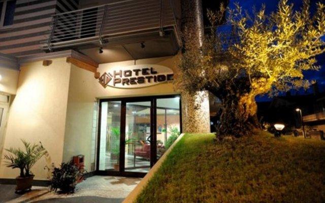 Отель Prestige Италия, Монтезильвано - отзывы, цены и фото номеров - забронировать отель Prestige онлайн вид на фасад