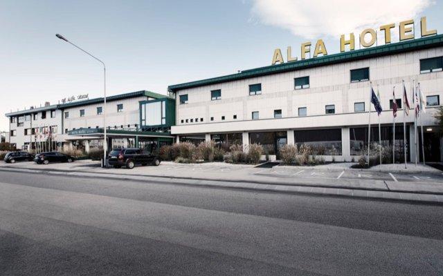 Отель Alfa Fiera Hotel Италия, Виченца - отзывы, цены и фото номеров - забронировать отель Alfa Fiera Hotel онлайн вид на фасад