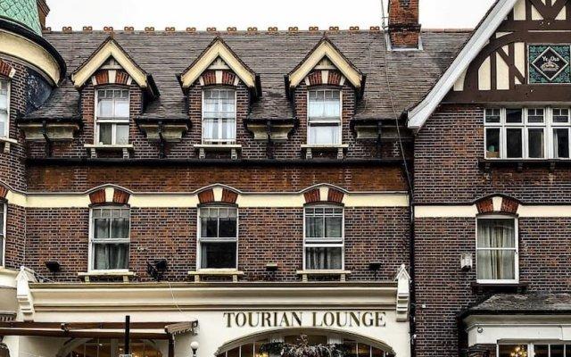 Tourian Lounge Hotel вид на фасад