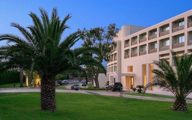 Plaza Resort Hotel вид на фасад
