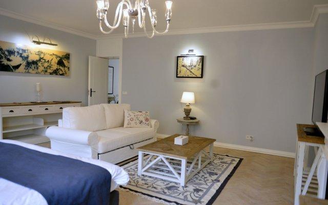 JessApart – Zurawia Apartment