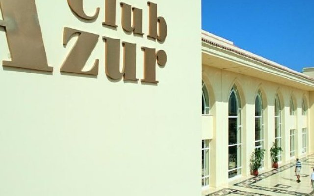 Отель Club Azur Resort вид на фасад