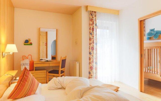 Hotel Levita Натурно комната для гостей