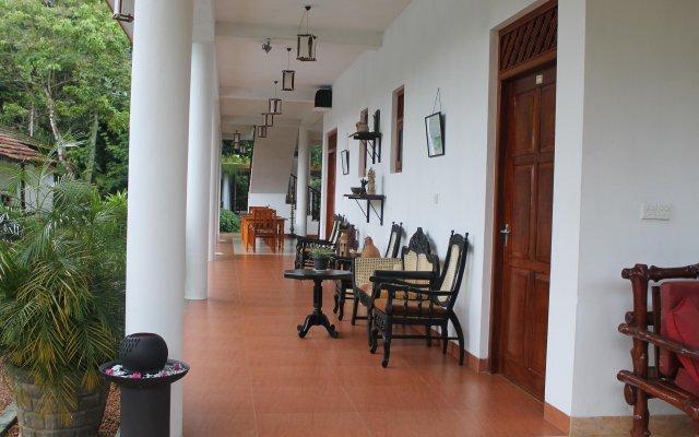 Отель Haus Berlin Шри-Ланка, Бентота - отзывы, цены и фото номеров - забронировать отель Haus Berlin онлайн вид на фасад