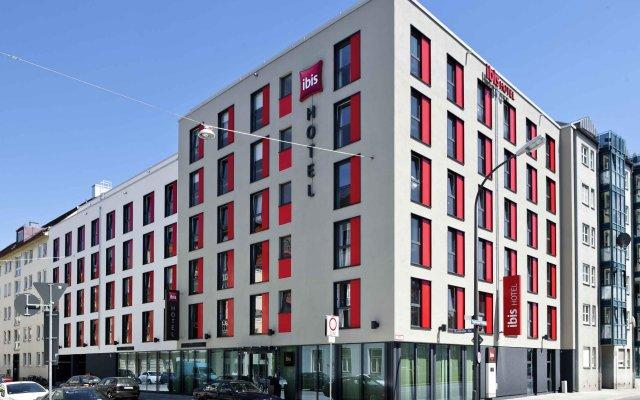 Отель ibis München City Süd вид на фасад