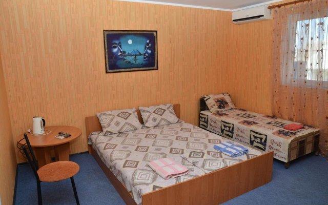 Гостиница Мини-отель Жасмин Украина, Бердянск - отзывы, цены и фото номеров - забронировать гостиницу Мини-отель Жасмин онлайн комната для гостей
