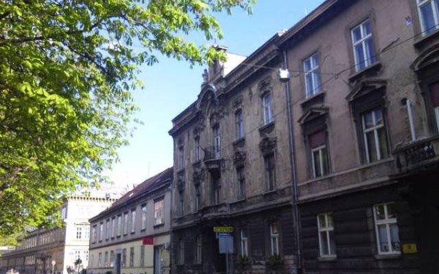 Отель Horvat Palace вид на фасад