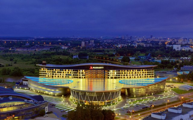 Гостиница Minsk Marriott вид на фасад