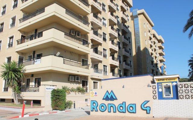 Отель Apartamento Sol del Mar Mediterraneo Фуэнхирола вид на фасад