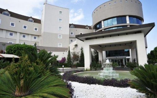 Отель Alkoclar Exclusive Kemer вид на фасад