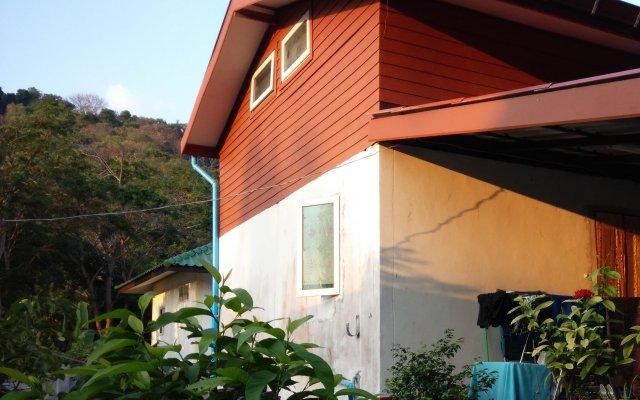 Отель Yanui Guesthouse вид на фасад