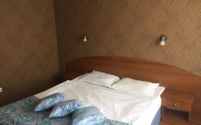 Hotel Lazuren Briag Бургас комната для гостей