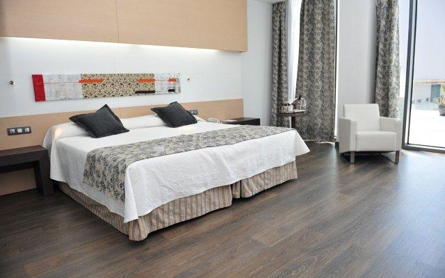 Отель Hipotels Gran Conil & Spa Испания, Кониль-де-ла-Фронтера - отзывы, цены и фото номеров - забронировать отель Hipotels Gran Conil & Spa онлайн вид на фасад