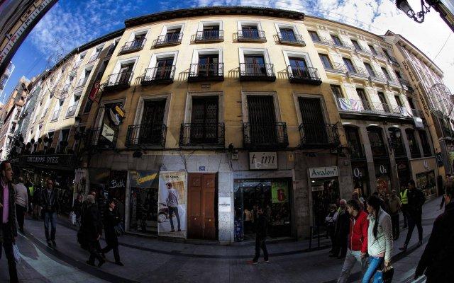 Отель Sungate One Испания, Мадрид - 1 отзыв об отеле, цены и фото номеров - забронировать отель Sungate One онлайн вид на фасад