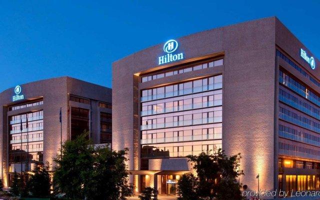 Отель Hilton Madrid Airport Мадрид вид на фасад
