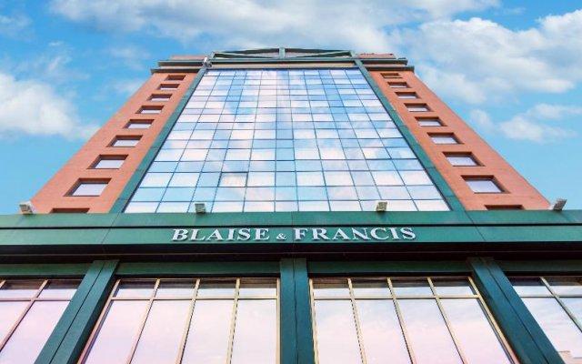 Best Western Hotel Blaise & Francis вид на фасад