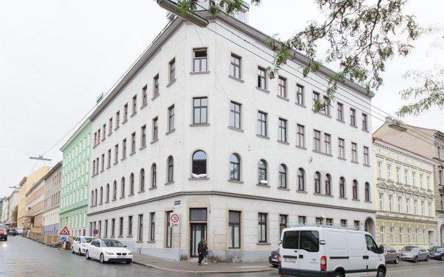 Апартаменты Royal Resort Apartments Westbahnhof Vienna Вена вид на фасад