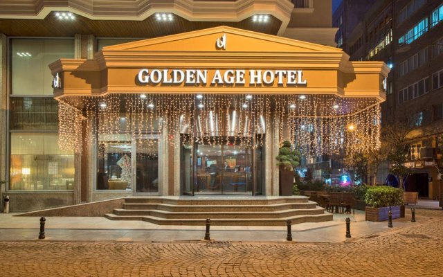 Golden Age Hotel вид на фасад