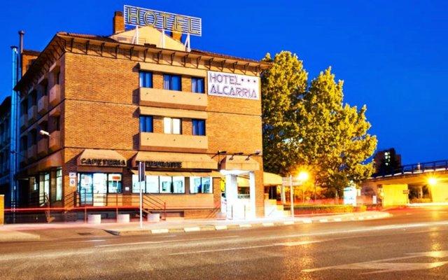 Hotel Alcarria вид на фасад