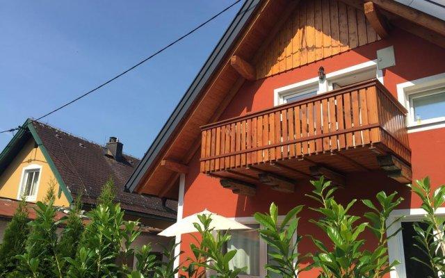 Отель Book-A-Room City Apartment Salzburg Австрия, Зальцбург - отзывы, цены и фото номеров - забронировать отель Book-A-Room City Apartment Salzburg онлайн вид на фасад
