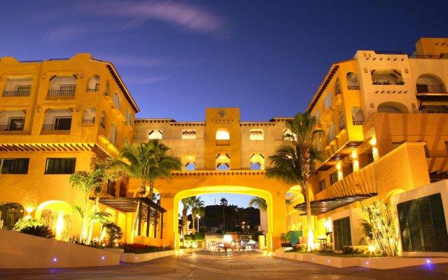 Отель Tesoro Los Cabos Золотая зона Марина вид на фасад