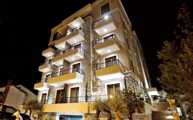 Отель Villa Gracia Черногория, Будва - отзывы, цены и фото номеров - забронировать отель Villa Gracia онлайн вид на фасад