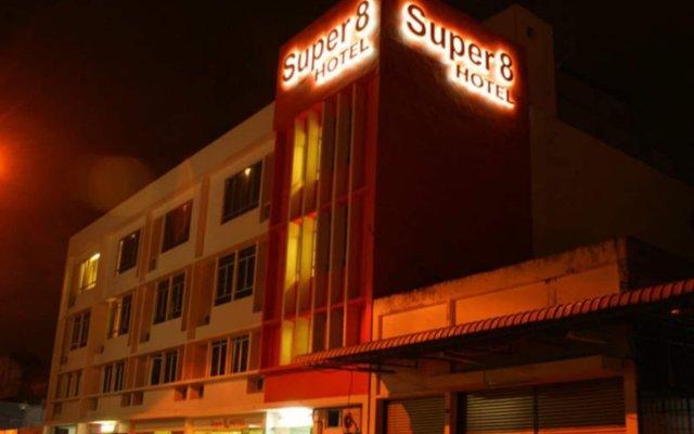 Отель Super 8 Hotel @ Georgetown Малайзия, Пенанг - отзывы, цены и фото номеров - забронировать отель Super 8 Hotel @ Georgetown онлайн вид на фасад