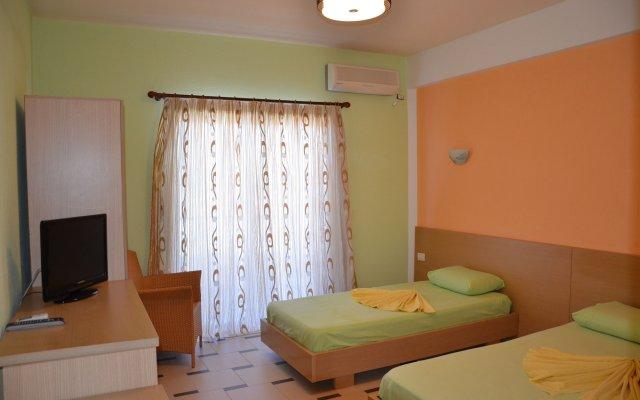 Отель Bora Bora 2