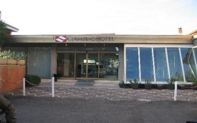 Отель Ciampino Италия, Чампино - 6 отзывов об отеле, цены и фото номеров - забронировать отель Ciampino онлайн вид на фасад