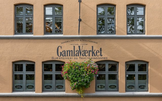 Отель GamlaVærket Gjæstgiveri og Tracteringssted вид на фасад